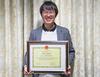 小川修史准教授にハノイ教育大学(ベトナム)から感謝状が贈呈されました