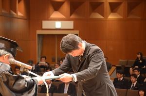 30_daigakuin03.JPG