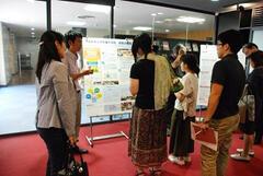 「理論と実践の融合」に関する共同研究活動ポスターセッション(ディスカッション)を開催しました