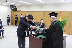 令和元年度9月期学位記授与式を挙行しました