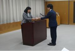 令和元年度学業成績優秀者授業料免除通知書授与式を行いました.