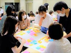学部授業科目「家族関係学」内で「30年後の兵庫県を構想する」ワークショップを実施しました