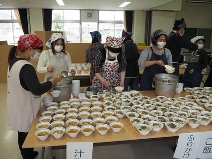 試食会2.JPGのサムネール画像