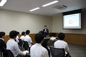 career-haruyama4.JPG